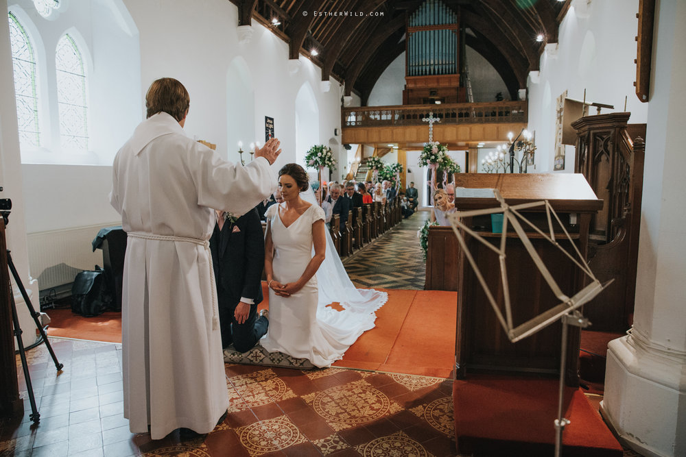 Wootton_Wedding_Copyright_Esther_Wild_Photographer_IMG_0990.jpg