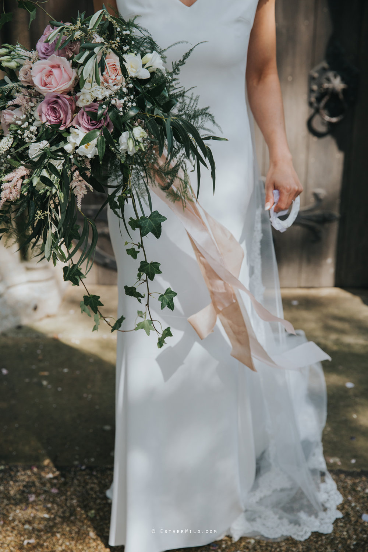 Wootton_Wedding_Copyright_Esther_Wild_Photographer_IMG_1366.jpg