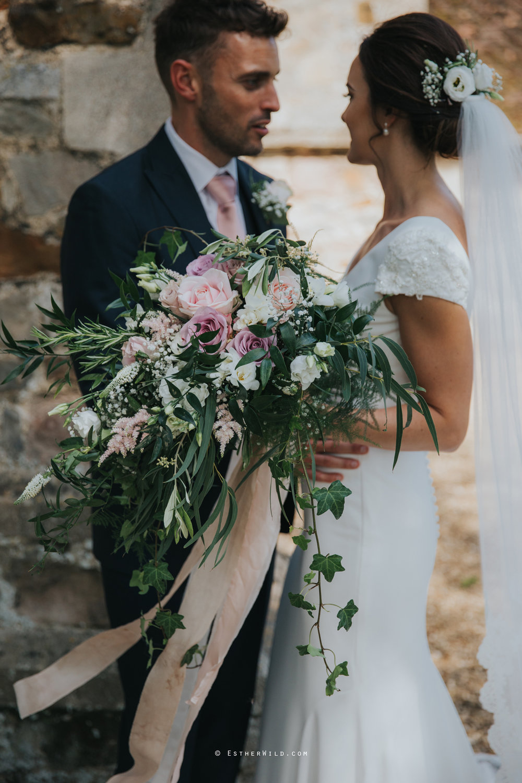 Wootton_Wedding_Copyright_Esther_Wild_Photographer_IMG_1454.jpg