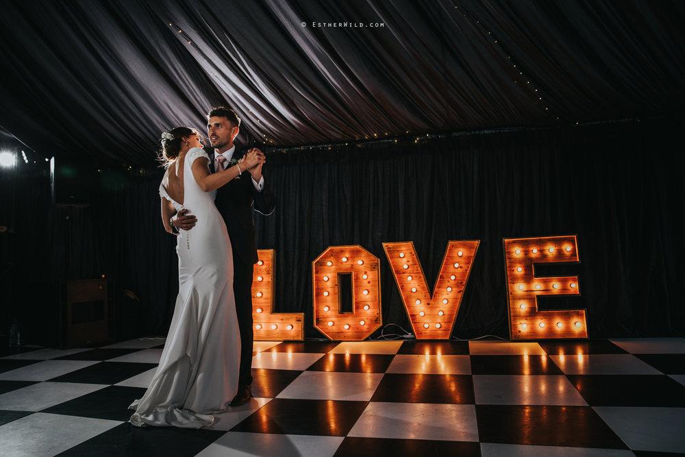 Wootton_Wedding_Copyright_Esther_Wild_Photographer_IMG_3181.jpg