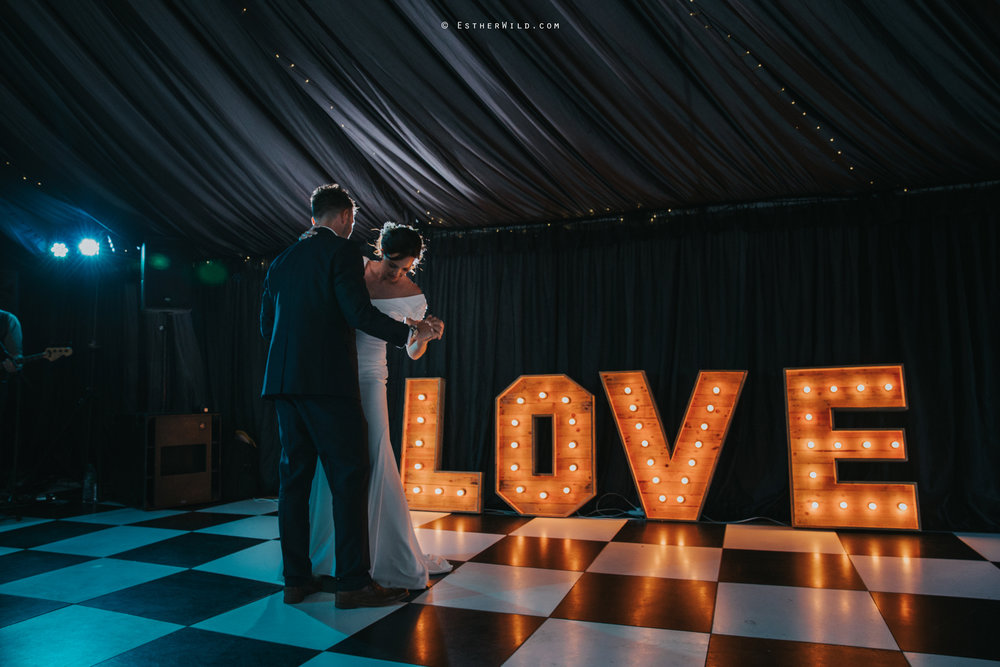Wootton_Wedding_Copyright_Esther_Wild_Photographer_IMG_3208.jpg