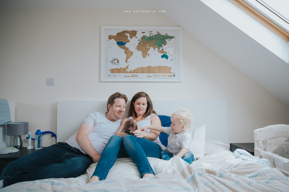 Newborn_Family_Photographer_London_Home_Lifestyle_Norfolk_3R8A3804.jpg