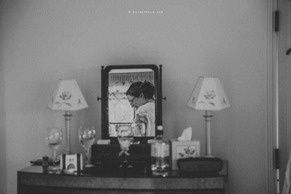 Old_Hall_Ely_Wedding_Esther_Wild_Photographer_IMG_0472-2.jpg