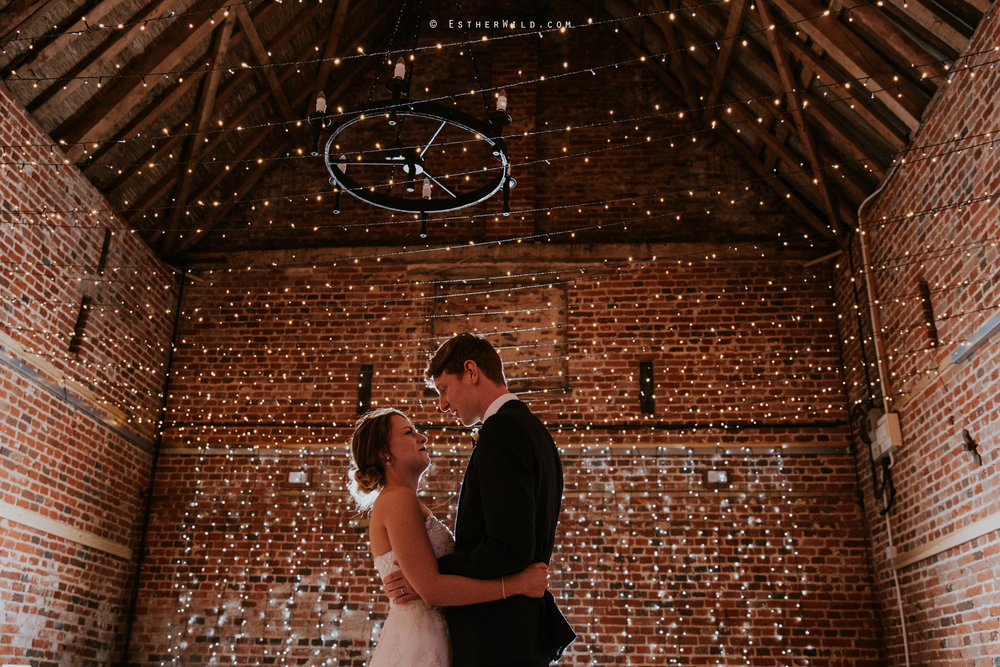 Glebe_Farm_Barn_Rustic_Norfolk_Wedding_Esther_Wild_Photographer_Copyright_IMG_2838.jpg