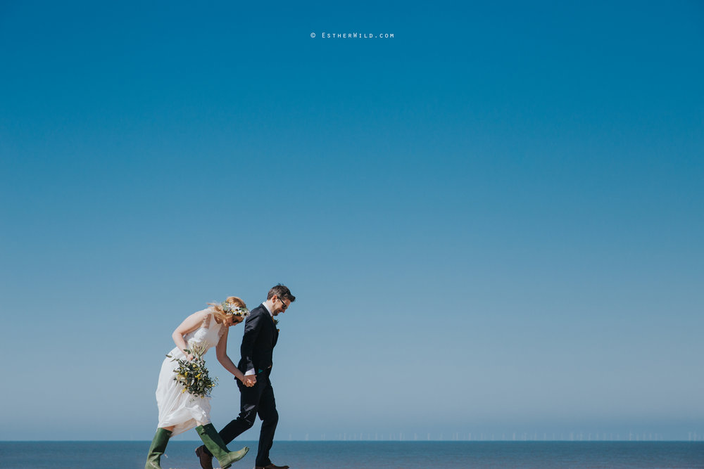 IMG_1241Cley_Barn_Drift_Norfolk_Coast_Wedding_Copyright_Esther_Wild_Photographer_.jpg