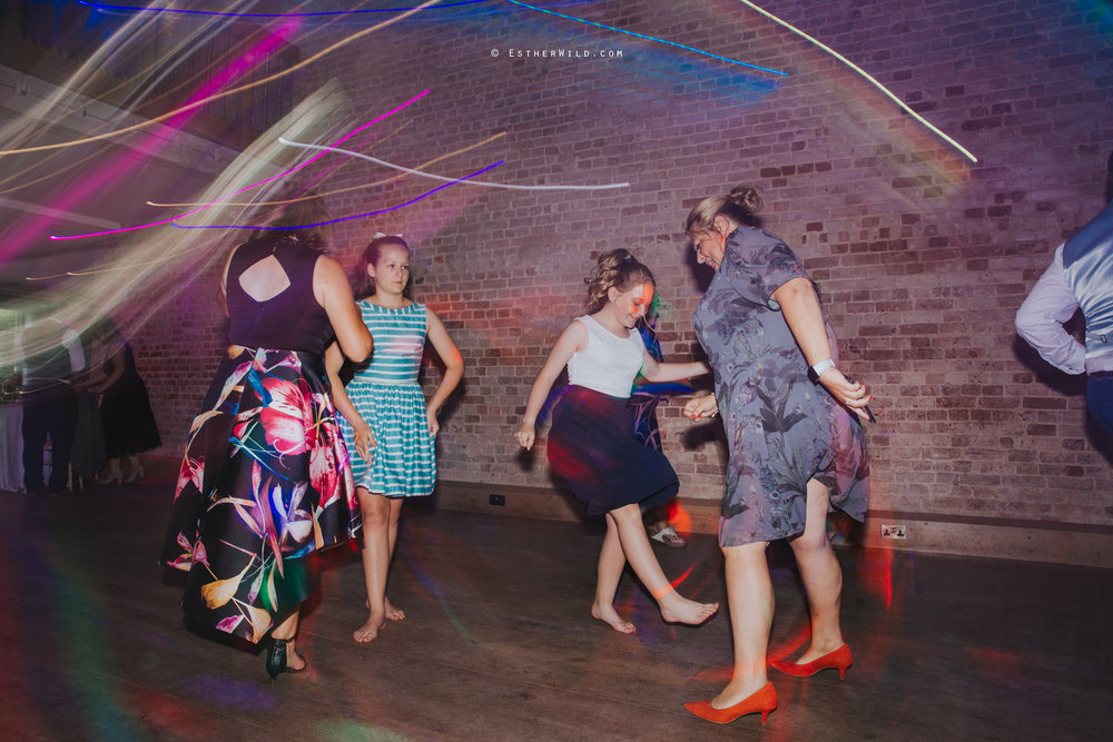 Kimberley_Hall_Wedding_Norfolk_Photography_Esther_Wild_IMG_2628.jpg
