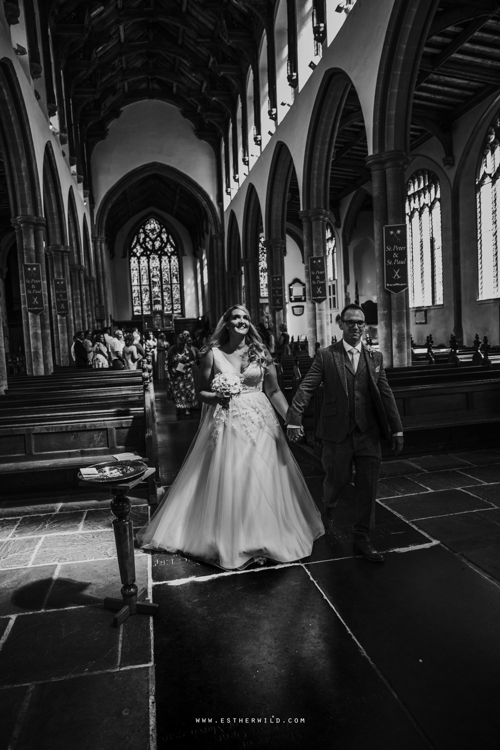 Swaffham_Wedding_Castle_Acre_Norfolk_Esther_Wild_Photographer_Wedding_Photography_3R8A0933-2.jpg