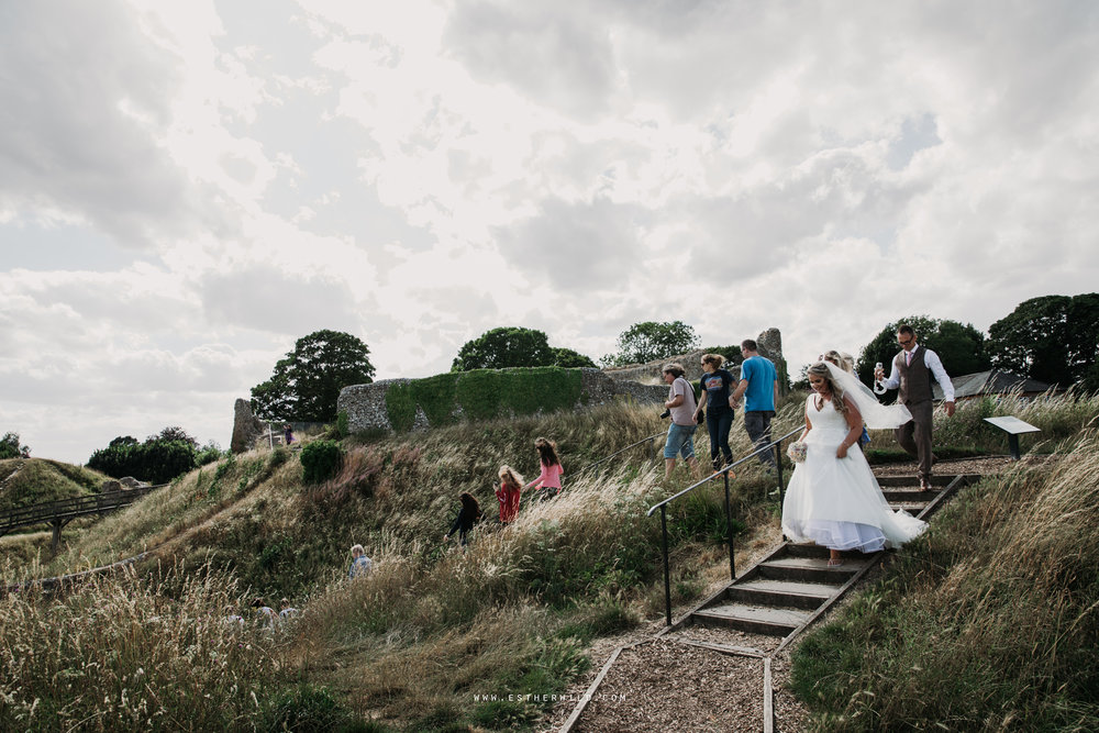Swaffham_Wedding_Castle_Acre_Norfolk_Esther_Wild_Photographer_Wedding_Photography_3R8A1490.jpg