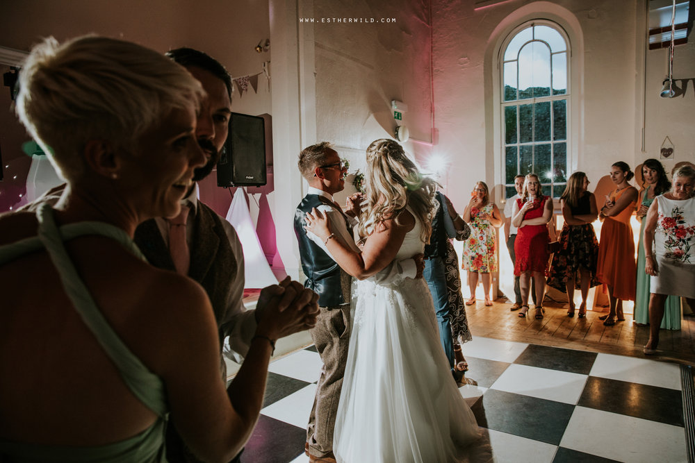 Swaffham_Wedding_Castle_Acre_Norfolk_Esther_Wild_Photographer_Wedding_Photography_3R8A2301.jpg