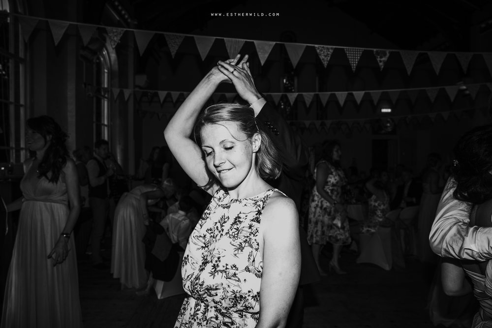 Swaffham_Wedding_Castle_Acre_Norfolk_Esther_Wild_Photographer_Wedding_Photography_3R8A2358-2.jpg