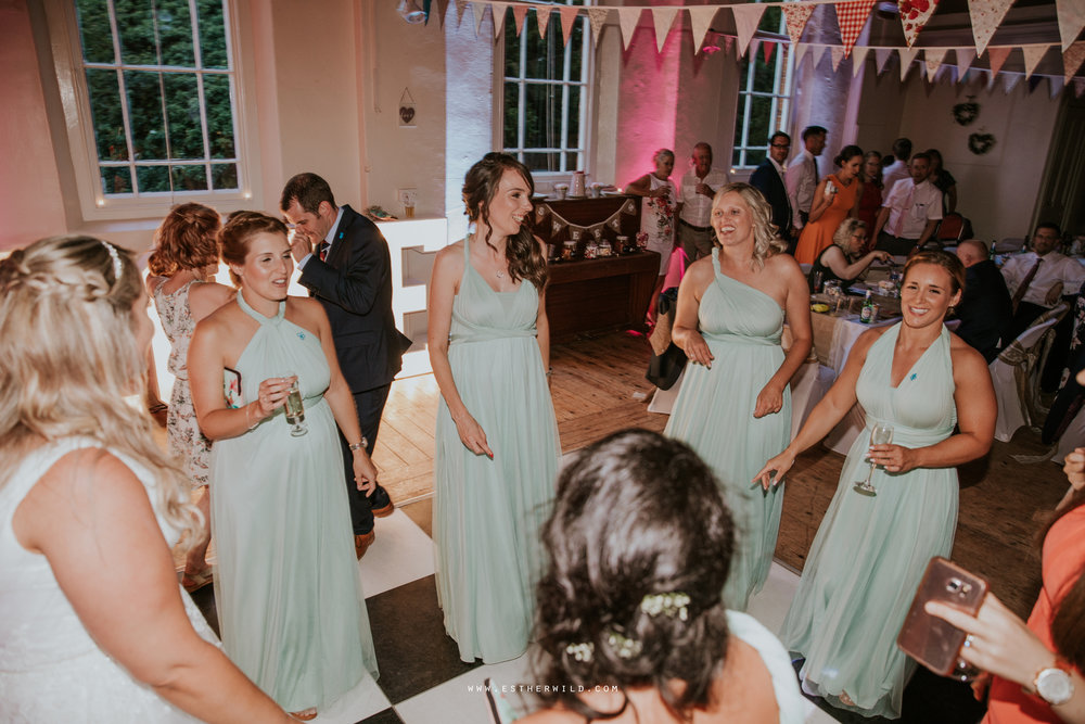 Swaffham_Wedding_Castle_Acre_Norfolk_Esther_Wild_Photographer_Wedding_Photography_3R8A2390.jpg