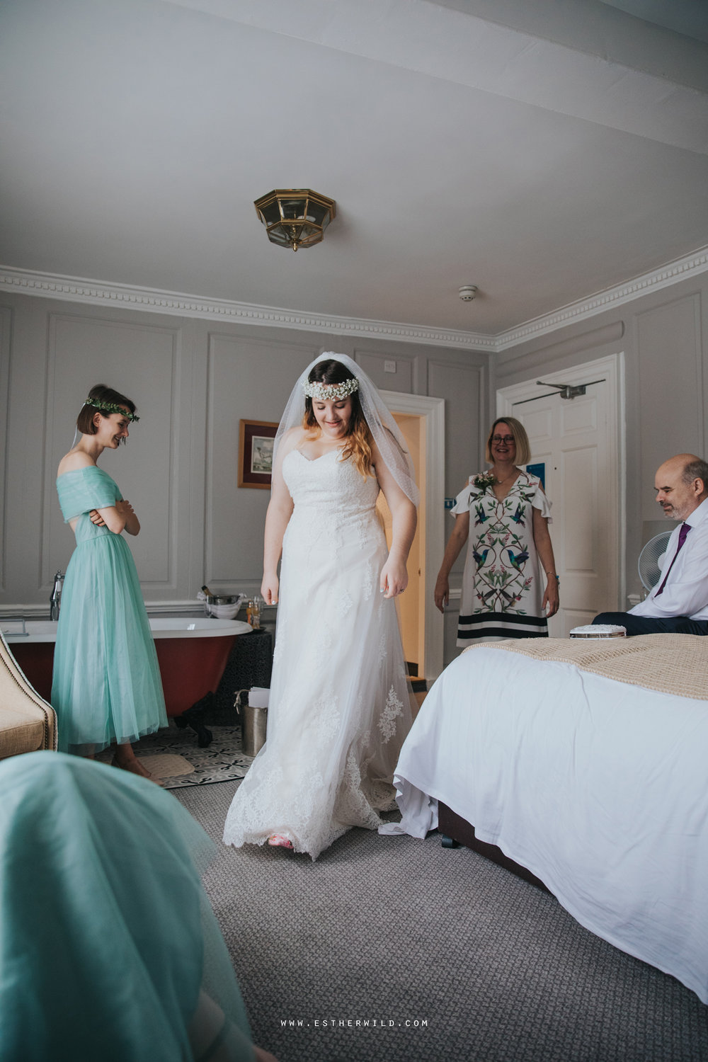 Norwich_Castle_Arcade_Grosvenor_Chip_Birdcage_Cathedral_Cloisters_Refectory_Wedding_Photography_Esther_Wild_Photographer_Norfolk_Kings_Lynn_3R8A0503.jpg