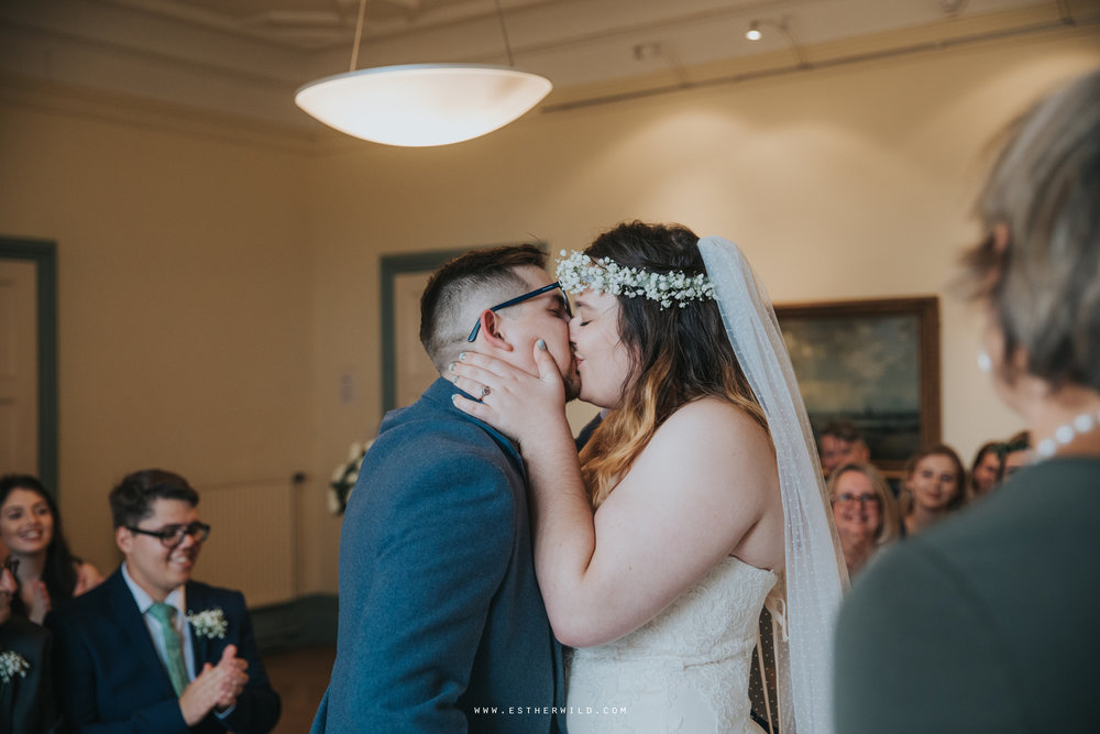Norwich_Castle_Arcade_Grosvenor_Chip_Birdcage_Cathedral_Cloisters_Refectory_Wedding_Photography_Esther_Wild_Photographer_Norfolk_Kings_Lynn_3R8A1021.jpg