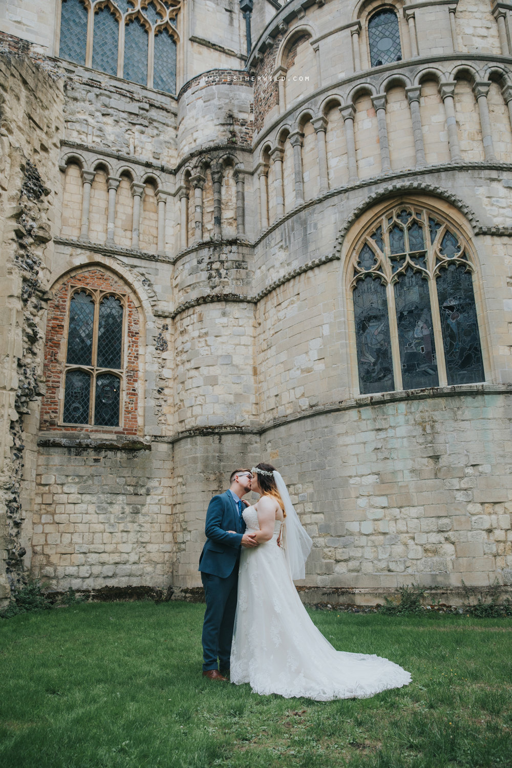 Norwich_Castle_Arcade_Grosvenor_Chip_Birdcage_Cathedral_Cloisters_Refectory_Wedding_Photography_Esther_Wild_Photographer_Norfolk_Kings_Lynn_3R8A1899.jpg