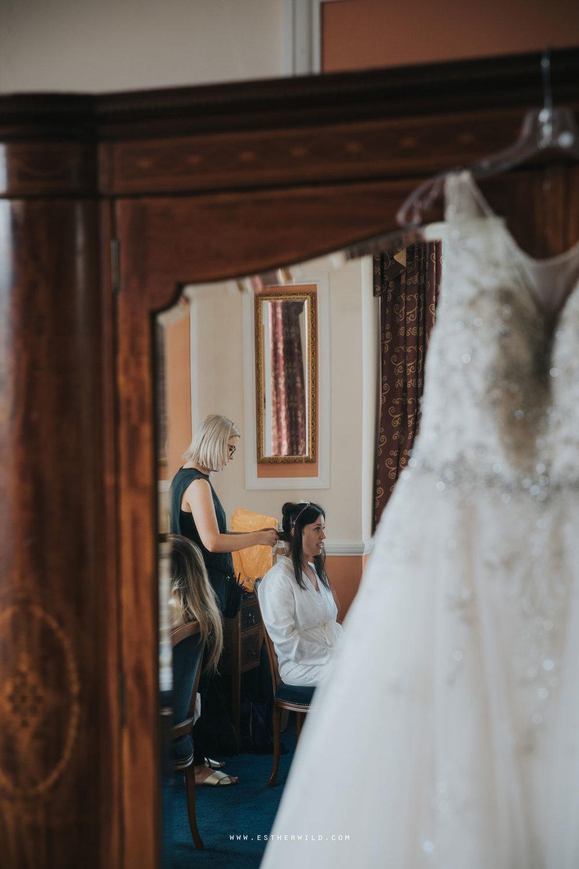 Lynford_Hall_Wedding_Thetford_Mundford_Esther_Wild_Photographer_IMG_0028.jpg