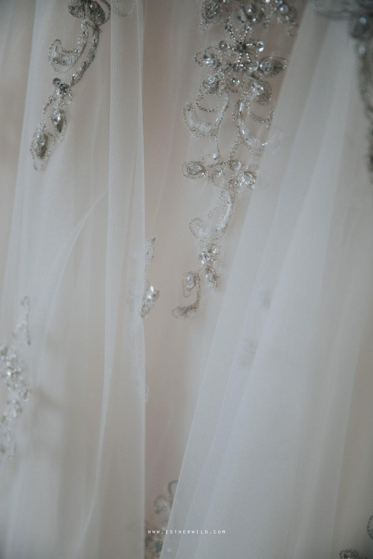 Lynford_Hall_Wedding_Thetford_Mundford_Esther_Wild_Photographer_IMG_0031.jpg