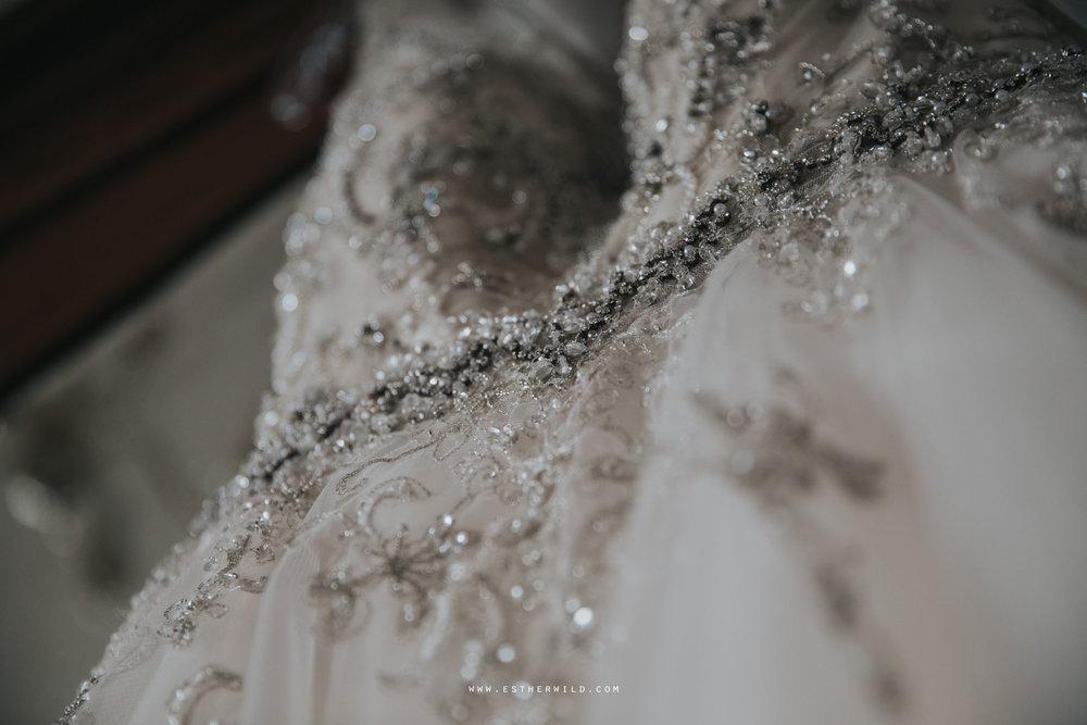 Lynford_Hall_Wedding_Thetford_Mundford_Esther_Wild_Photographer_IMG_0034.jpg