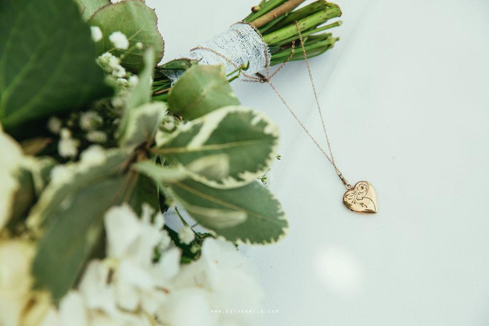 Lynford_Hall_Wedding_Thetford_Mundford_Esther_Wild_Photographer_IMG_1379.jpg