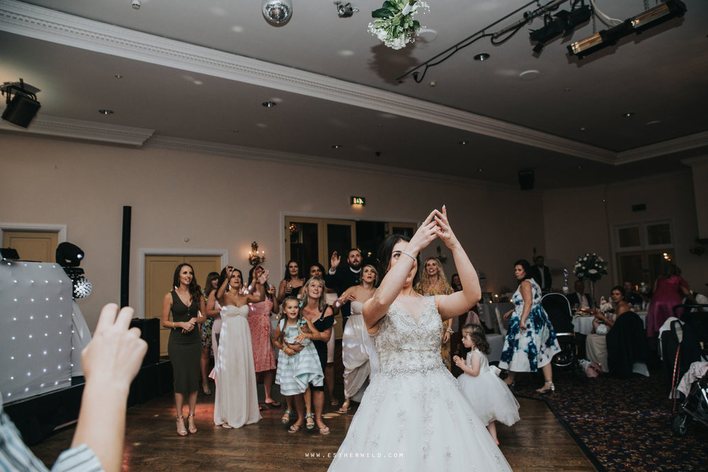 Lynford_Hall_Wedding_Thetford_Mundford_Esther_Wild_Photographer_IMG_4130.jpg