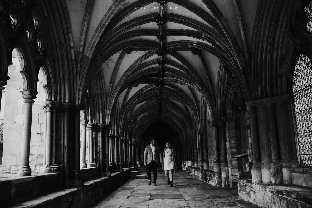 Norwich_Cathedral_Photo_Session_Engagement_Love_Pre-Wedding_IMG_3473.jpg