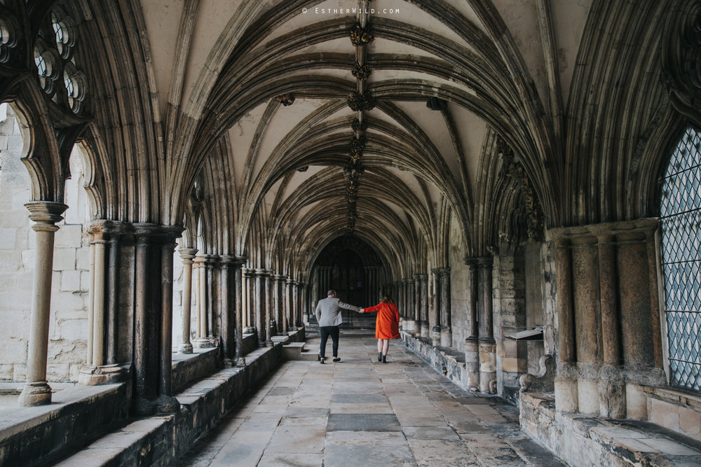Norwich_Cathedral_Photo_Session_Engagement_Love_Pre-Wedding_IMG_3459.jpg