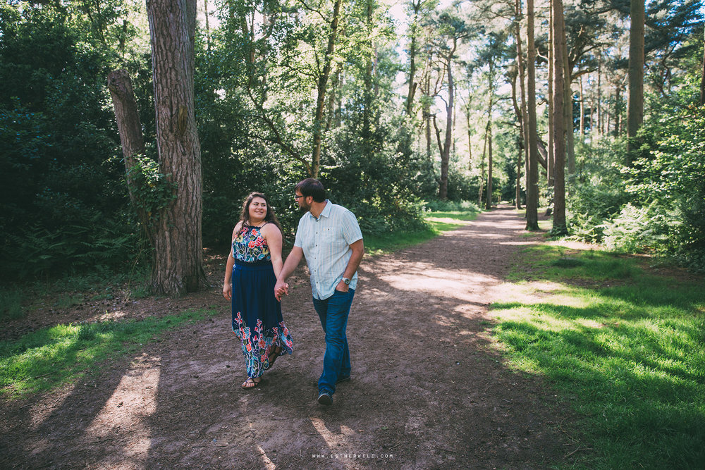 Sandringham_Woodland_Photo_Session_Engagement_Love_Pre-Wedding_IMG_2656.jpg