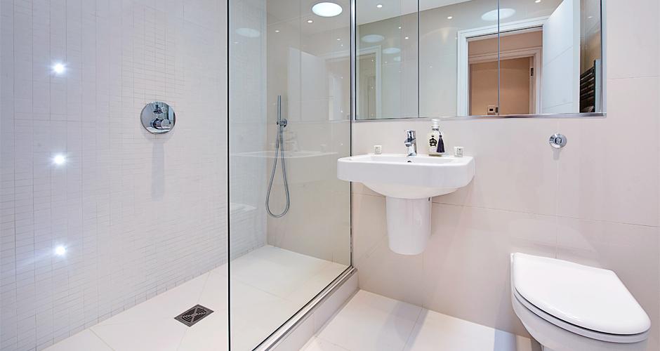 6_Bath_1.jpg