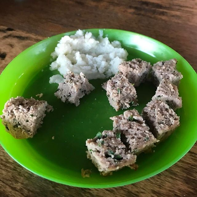 In real life, I'm a mom and this is what dinner looks like for the kids.... turkey meatloaf and cauliflower mash ....as I'm posting this, my two year old thought the dog would like it too...#donttheyknowimachef