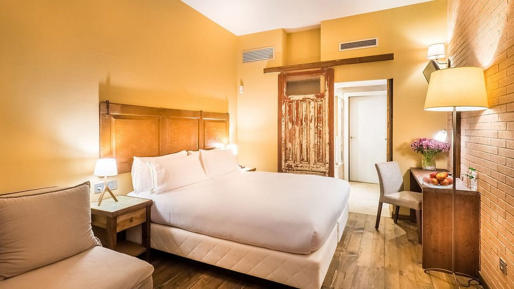 mas-salagros-eco-resort-amp-aire-ancient-baths-gallerymas-salagros-rooms-family-room-21-min.jpeg