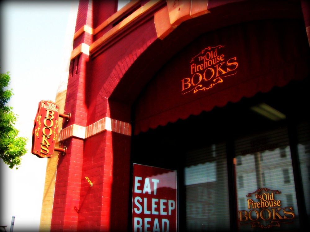 Old Firehouse Books, Fort Collins