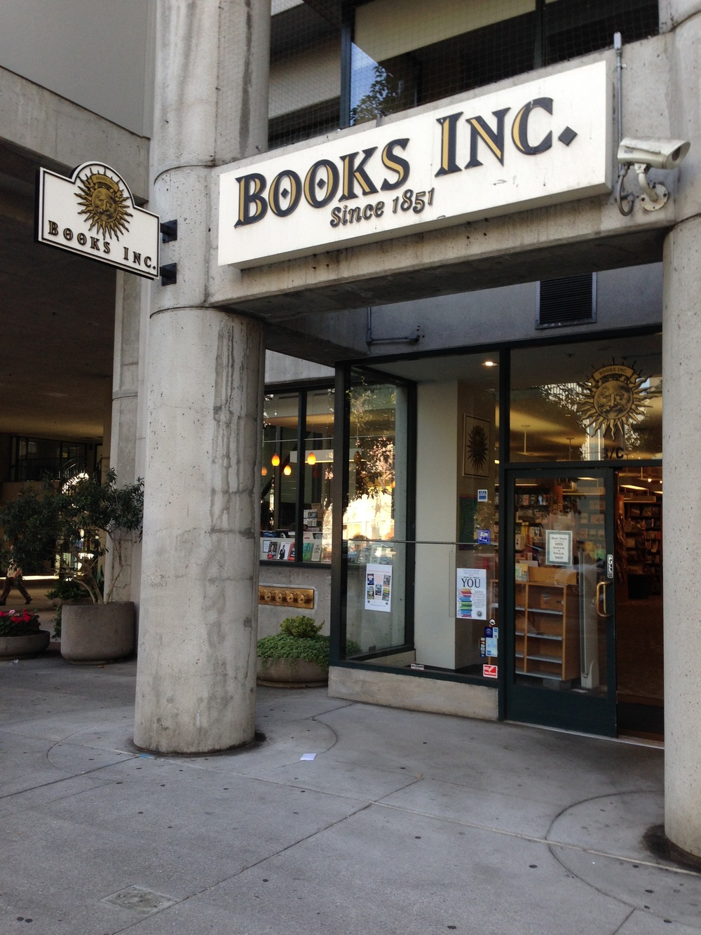 Books Inc. at Opera Plaza, San Francisco