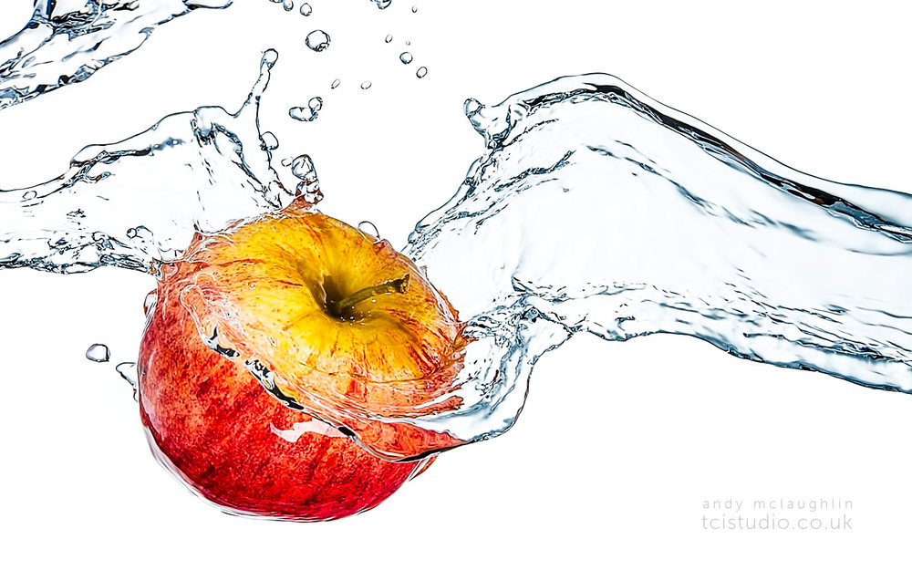Andy_McLaughlin_cider_splash_detail_product_photography_tcistudio.jpg