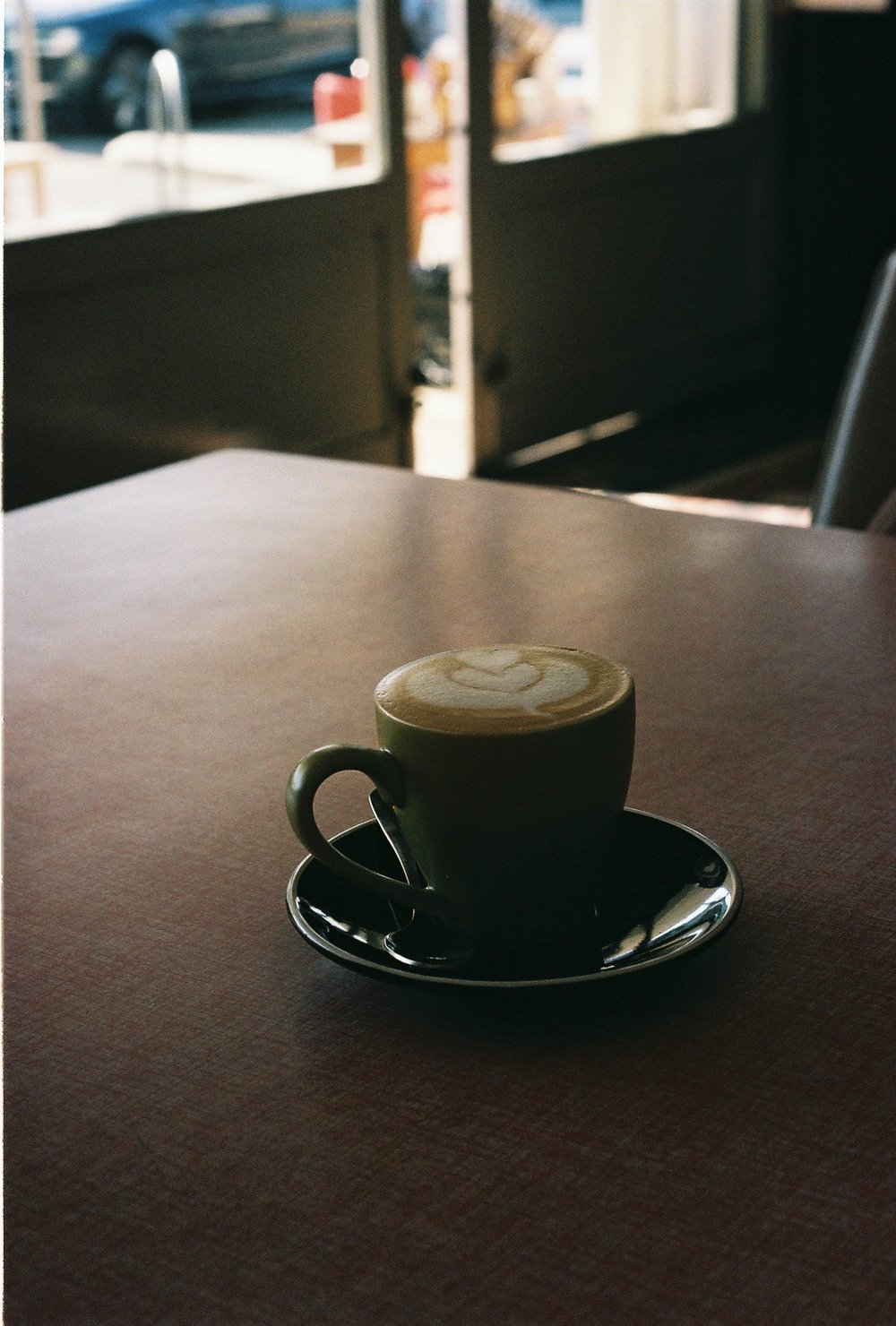 Flat White, Ootong & Lincoln