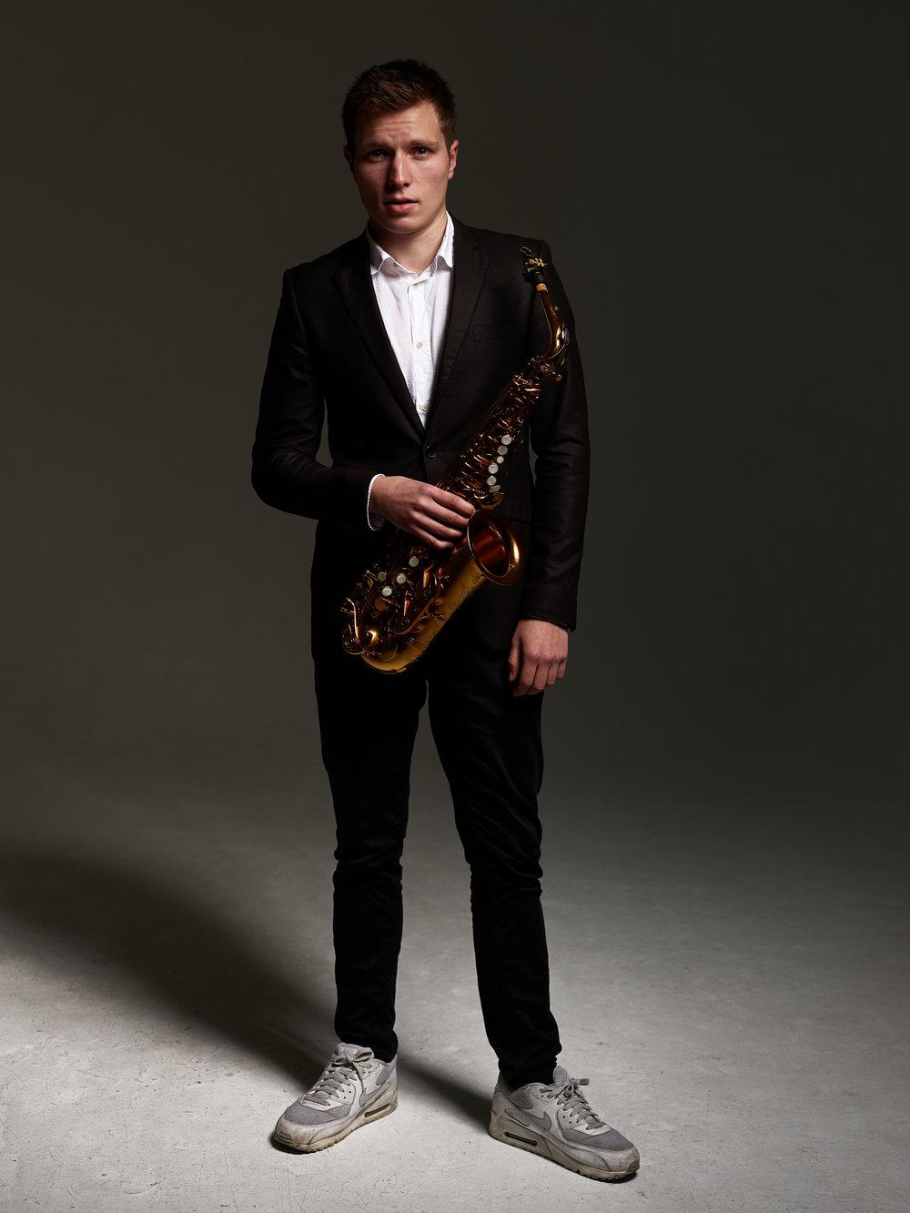 Ferdi - Saxophone