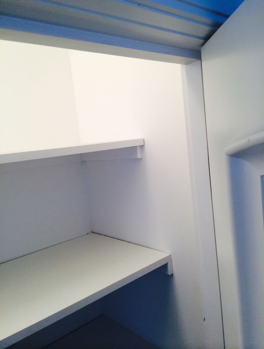 The shorter upper shelf.jpg