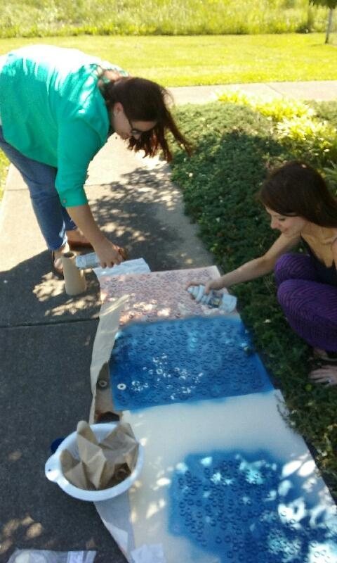 Spray painting washers