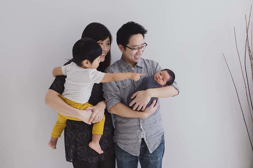 Toronto_Newborn_Baby_Photographer_3.jpg