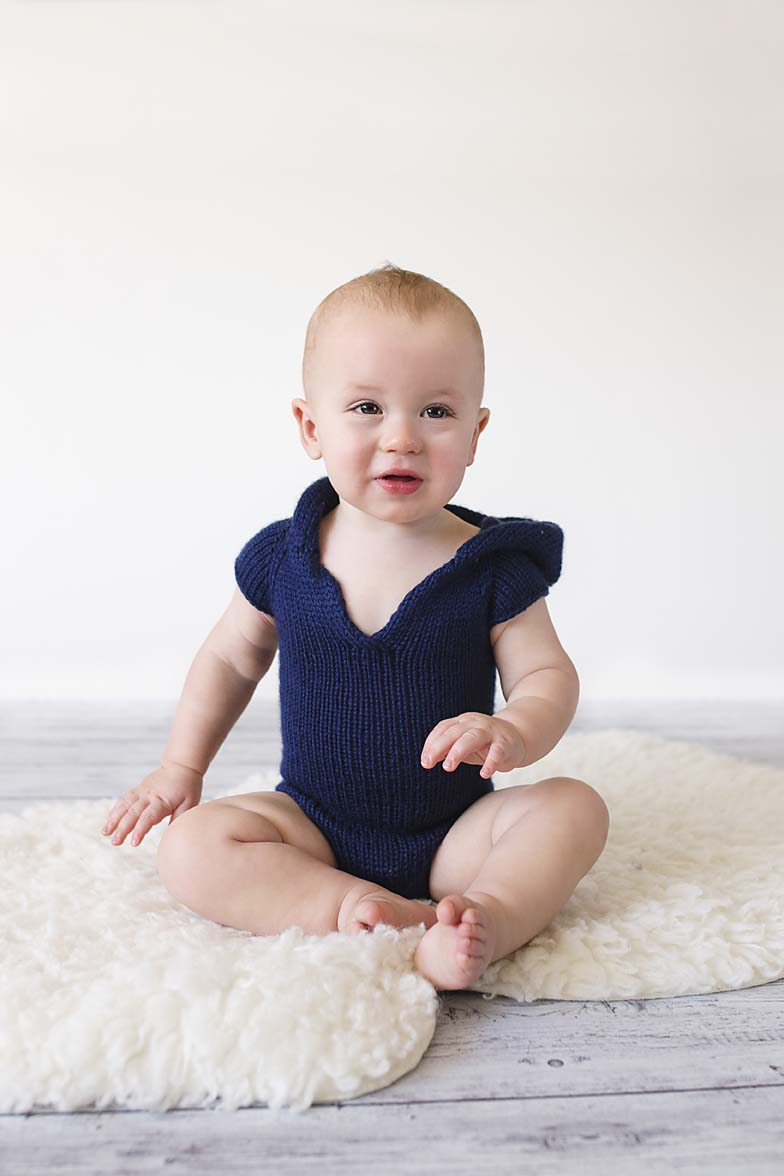 baby-boy-one-year-sitter-photography-shoot-knitted-romper-toronto-photographer-inspiration