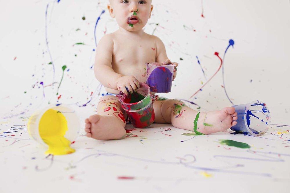 first-birthday-photography-inspiration-toronto-photographer-colour-paint-smash