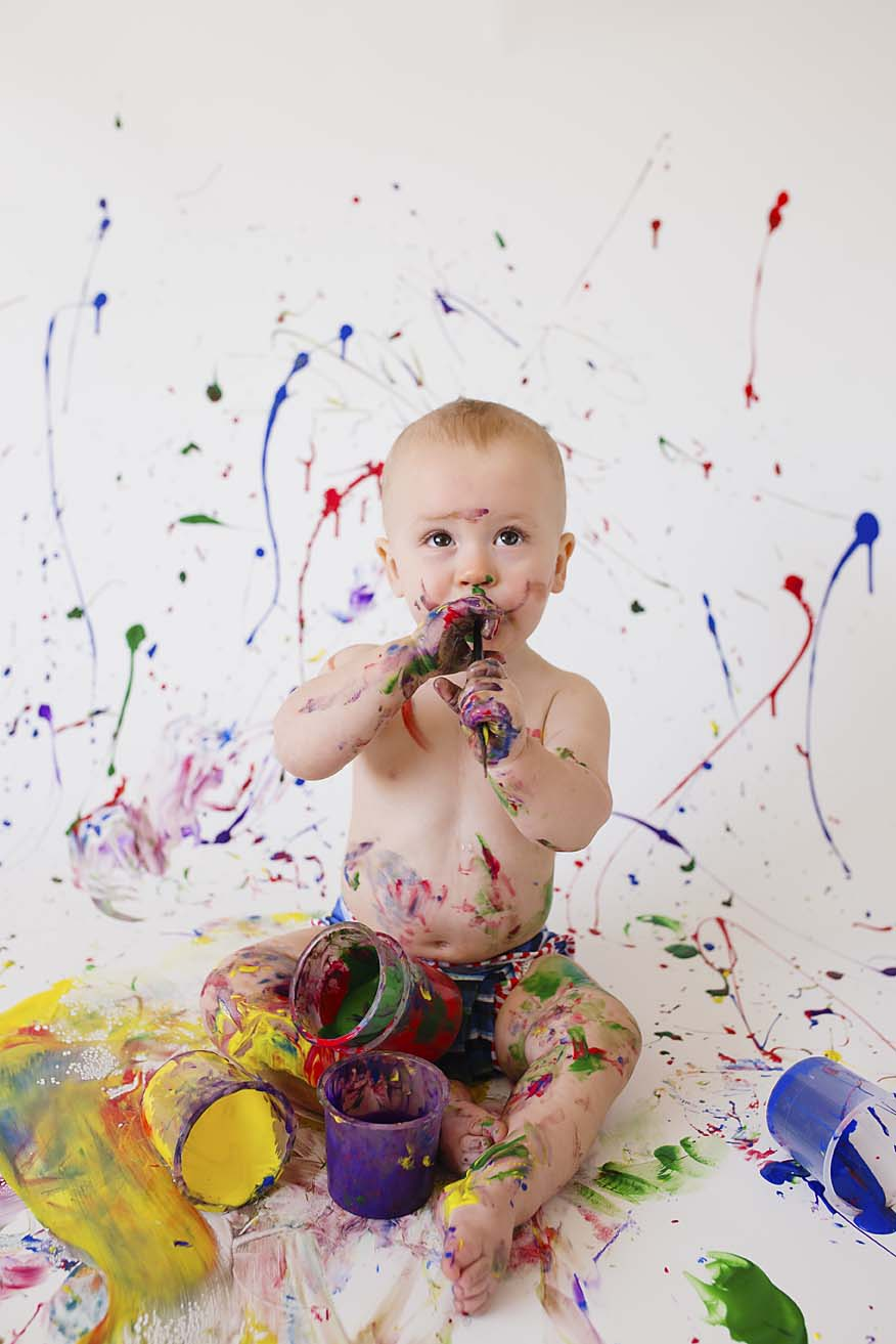 baby-boy-first-birthday-photography-ideas-and-inspiration-toronto-based-photographer-colour-theme-paint-party