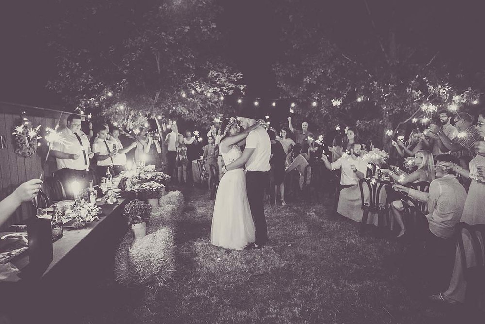 Toronto-documentary-wedding-photographer-copperred-photography-summer-sparkler
