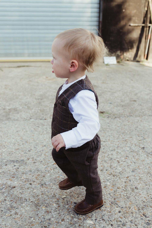 toronto wedding photographer copperred page boy