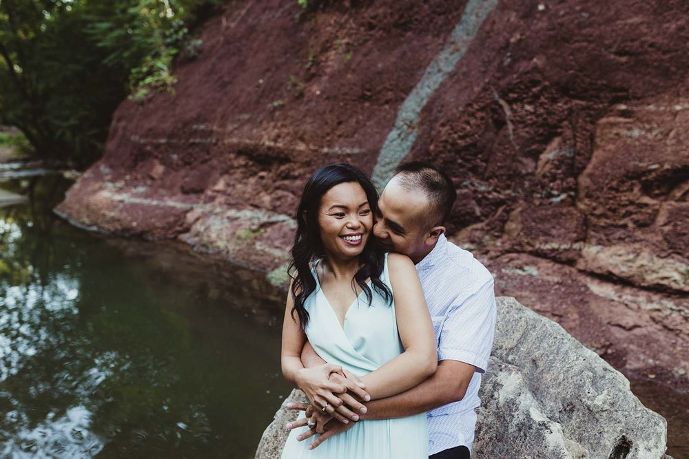 Engagement-photos-inspiration-copperred-photography.jpg