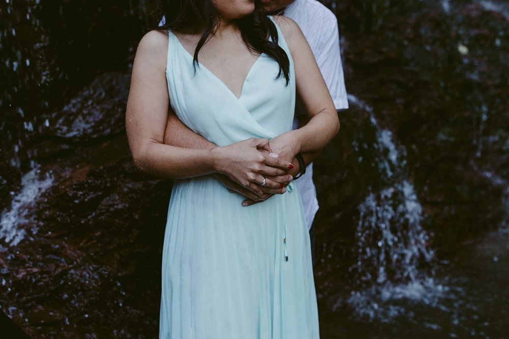 engagement-waterfall-photos-copperred-photography.jpg