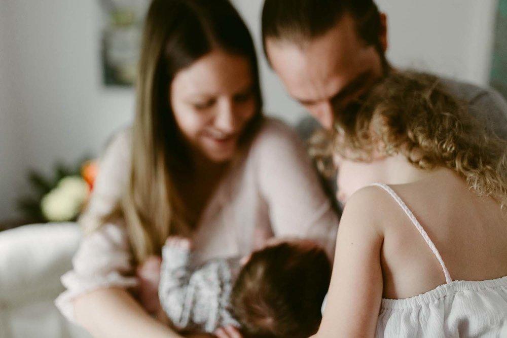 toronto newborn baby lifestyle photographer