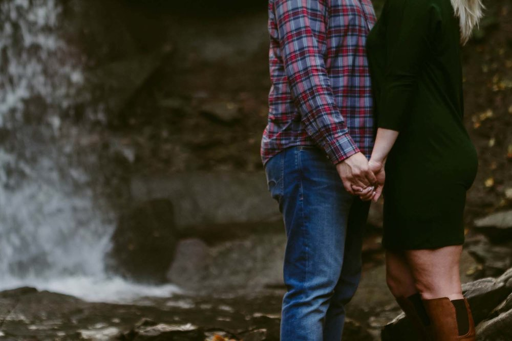 CopperRed_Photography_waterfall-engagement-photos.jpg