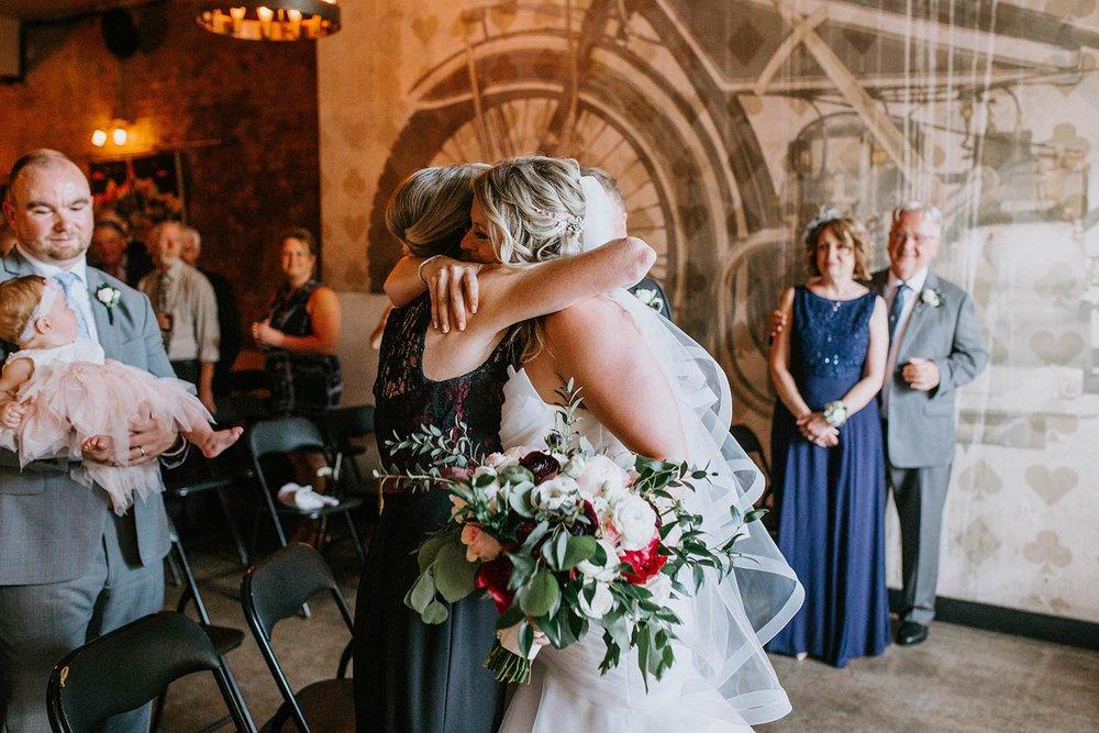 intimate-restaurant-wedding-toronto-copperred-photography-wedding.jpg