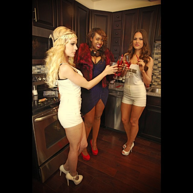 Sydnee-Jane On Set with Gorgeous Models, Shelby Lager, & Lindsey Bonin