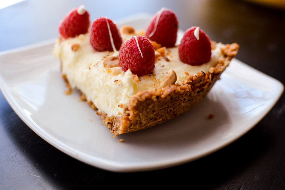 White Chocolate Cream Pie with Hazelnut Crust