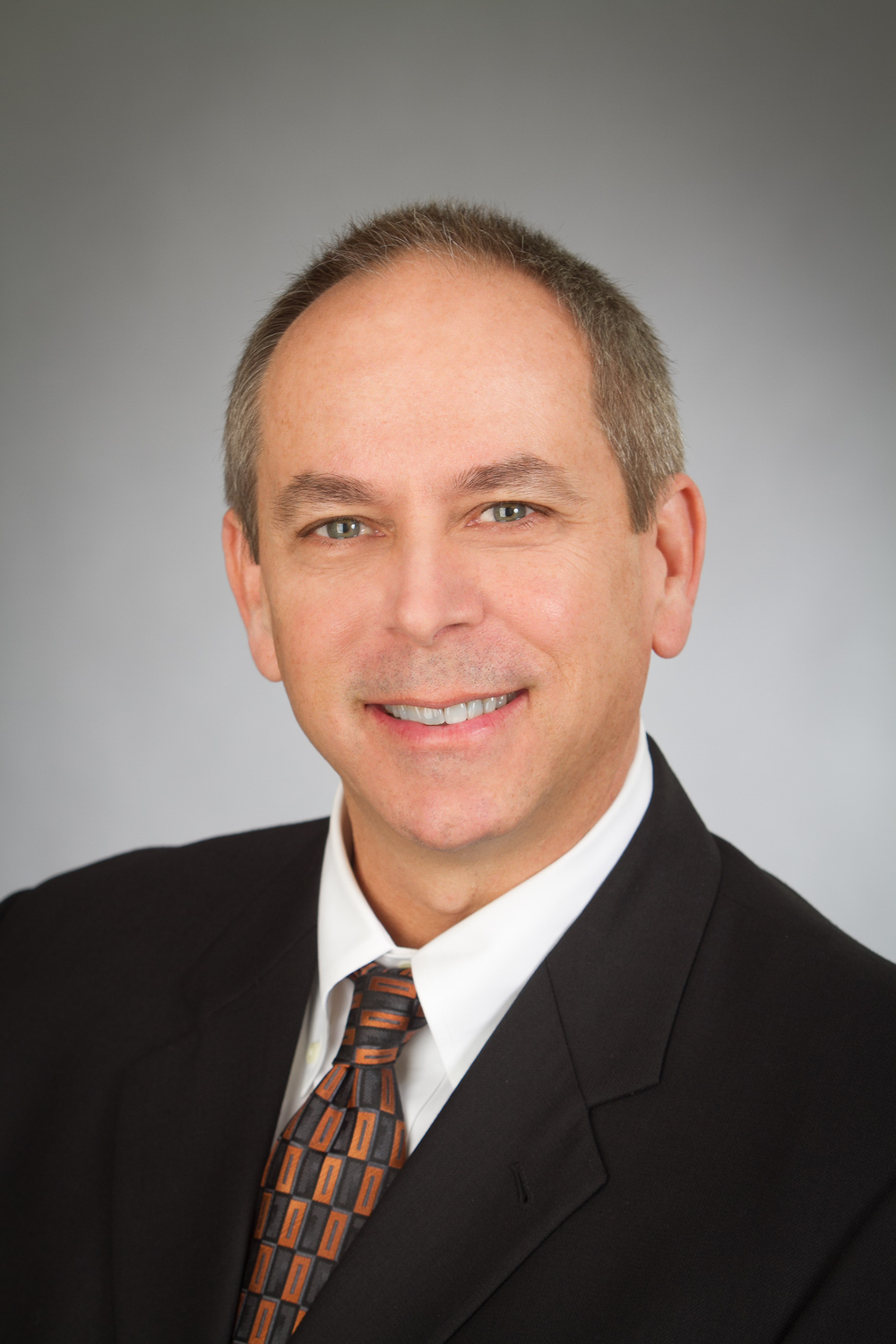 Stephen A. Metzger Chief Operating Officer An alumnus of Deloitte and Touche and Arnel Development Company, Mr. Metzger guides the financial and tax affairs of the company; including contract review, financings, closings, and lease execution.